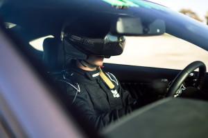 Castrol Virtual Racers - Matt Powers al volante con il suo set Oculus Ri...