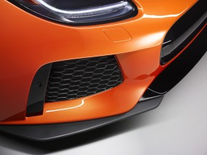 177404_Jag_FTYPE_SVR_Coupe_Studio_Detail_170216_46_(126539)