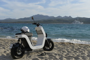 me-scooter-elettrico-mare-8