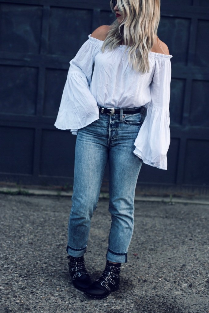 how to style high waist jeans by Christine Bennett of moxiefashionblog.com