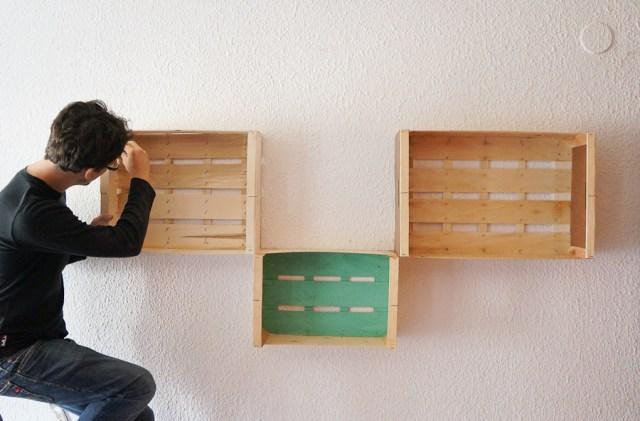 Estanterias diy con cajas de fruta o cajas de madera mr and miss colors - Cajas madera para manualidades ...