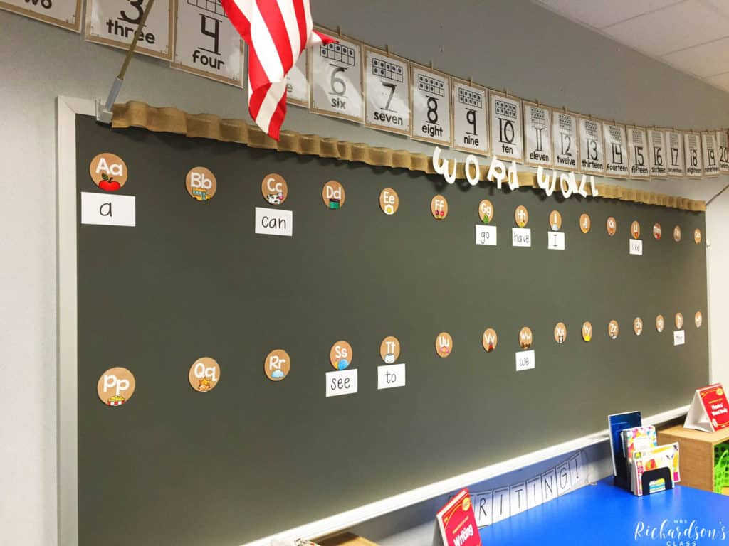 This first grade burlap word wall is simple, easy on the eye, and really pops!