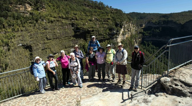 16 October 2016: Govetts Leap to Evans Lookout via Braeside Track