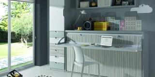 Habitación juvenil con escritorio transformable en cama