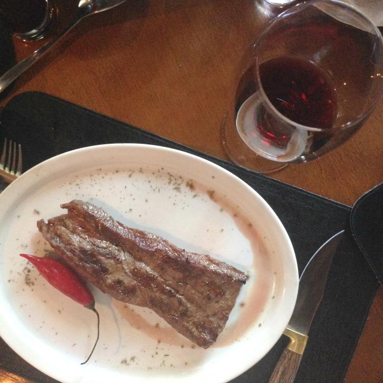 Restaurante Tragga - cortes argentinos - Humaitá - RJ