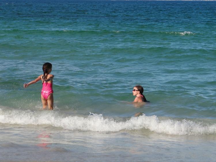 Praias de Arraial do Cabo são rasinhas