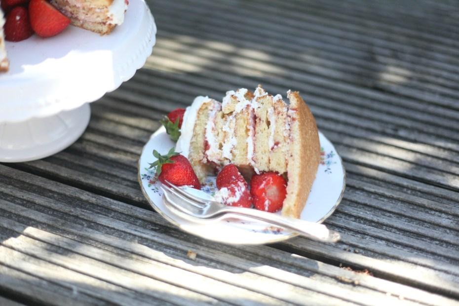 strawberrypinataslice