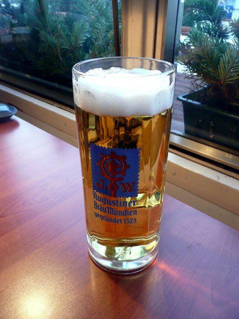 Гармиш-Партенкирхен - пиво Августинер