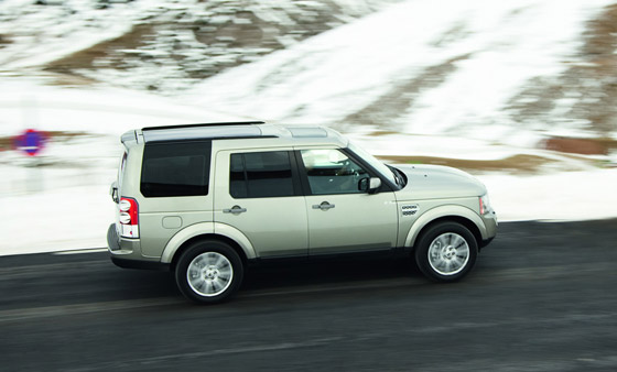 land-rover-discovery-4-2010-08