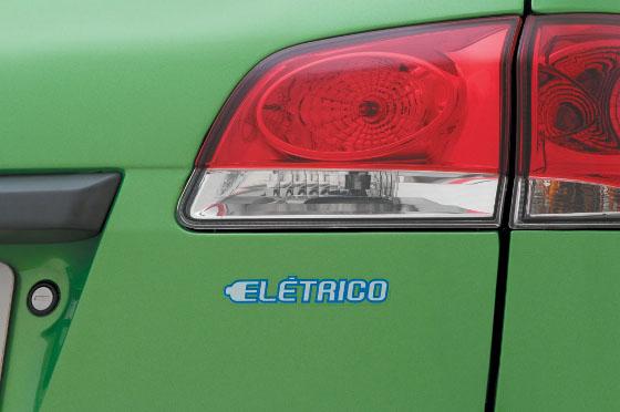 fiat-palio-weekend-electrico-05