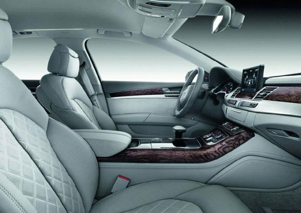 Audi A8 2011 14