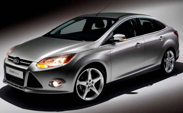 Ford-Focus-2011-00