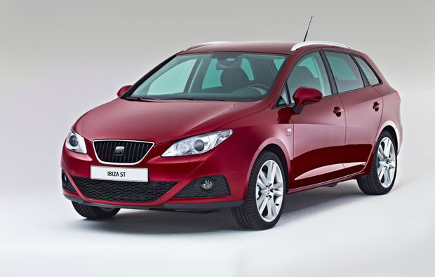 seat ibiza st primeras fotos oficiales mundoautomotor. Black Bedroom Furniture Sets. Home Design Ideas