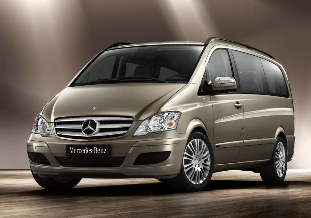 Mercedes Benz Viano 1