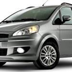 Nuevo-Fiat-Idea-2011-01