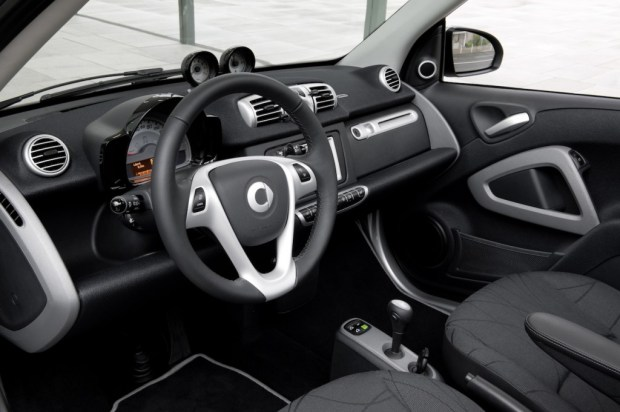 smart-fortwo-2011-05