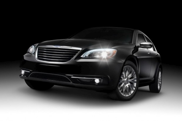 Chrysler-200-2011-00