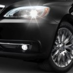 Chrysler-200-2011-05