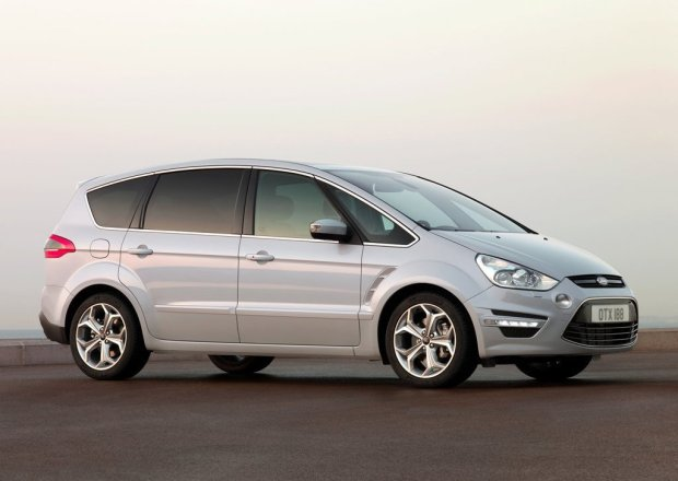 Ford-S-MAX-2011-05