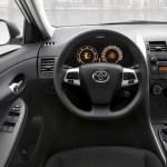 Toyota-Corolla-2011-02