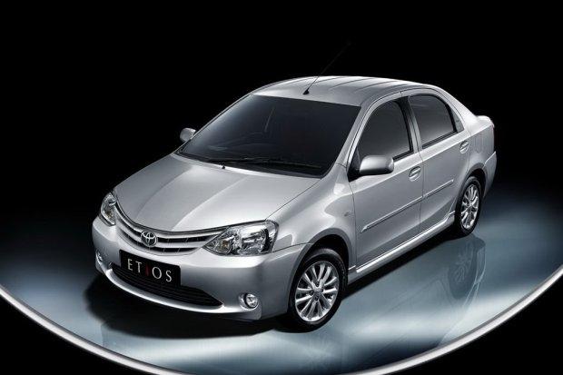 Toyota-Etios-Sedan-00