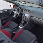 Volkswagen Golf Convertible 2011 03
