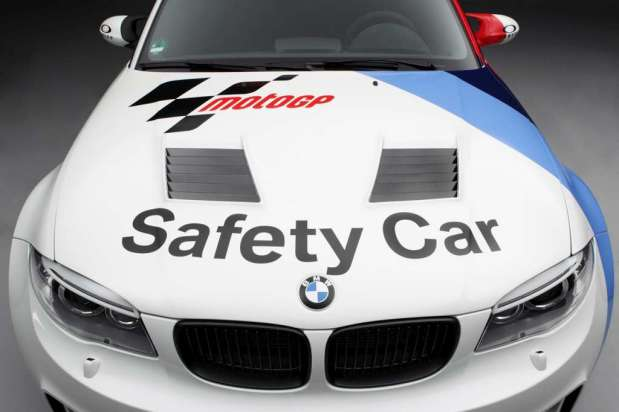 BmwSerie1MCoupSafetyCar_01