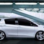 Toyota-Yaris-HSD-Concept-03