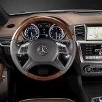 Mercedes-Benz-Clase-M-2010-05