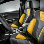 ford-focus-st-2