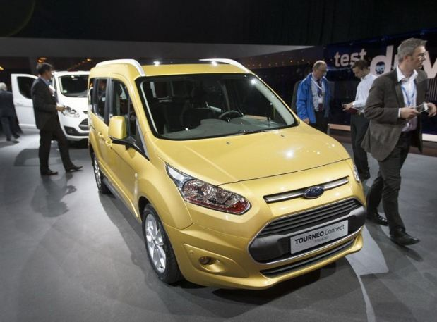 ford-tourneo-connect-02