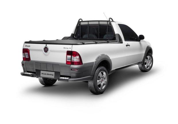 Fiat-Strada-2012-8