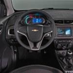 Chevrolet-Prisma-13