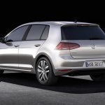 Volkswagen-Golf_VII_2013_3