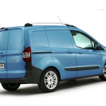 Ford-transit-Courier-2
