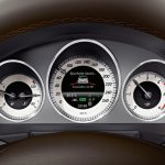 Mercedes-Benz-GLK-4Matic-2013-4