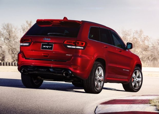 Jeep-Grand_Cherokee_SRT_2014_2