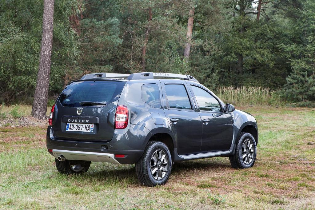 dacia duster 2014 con nuevo motor 1 2 litros con 125cv de potencia mundoautomotor. Black Bedroom Furniture Sets. Home Design Ideas