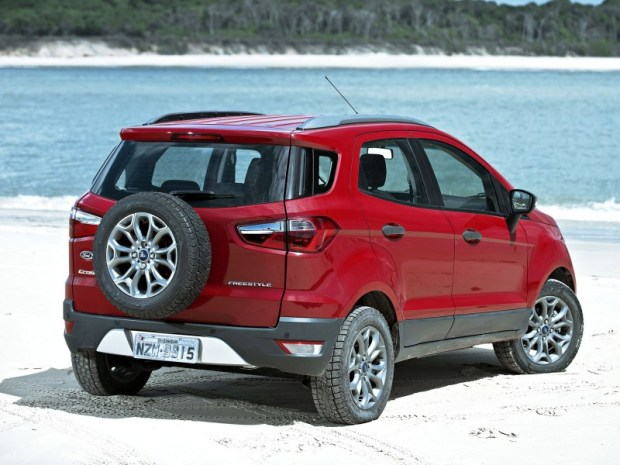ford-ecosport-freestyle-4wd-2