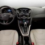 ford-focus-sedan-2015-6