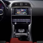 jaguar-xe-sports-salon-10