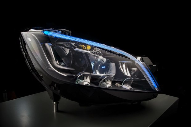 mercedes-benz-led-multibeam-0