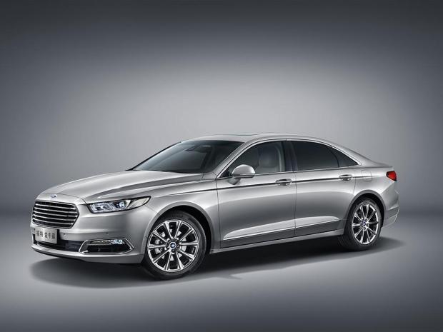 Ford-Taurus-2016-2