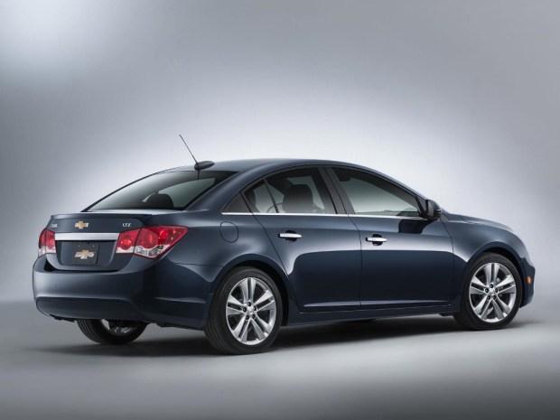 Chevrolet-Cruze-gama-2015-2