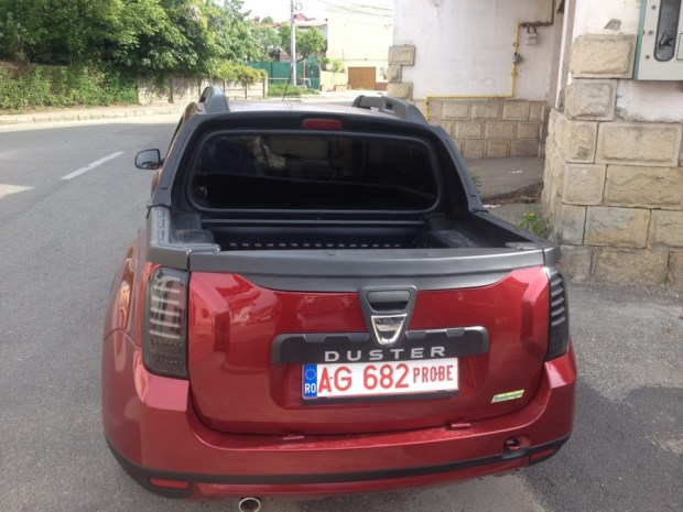 Dacia-Duster-pickup-cabina-doble-5