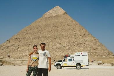 Posou nas pirâmides do Egito