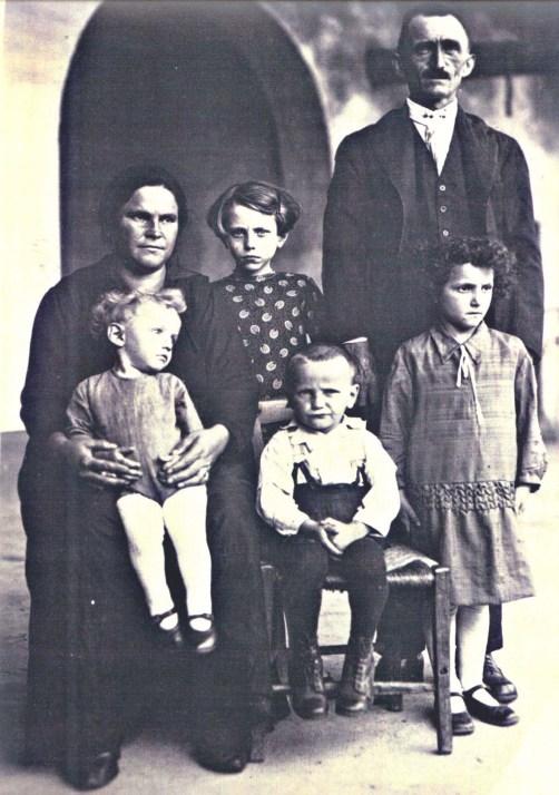 Famiglia Maccagnola (anno 1915)