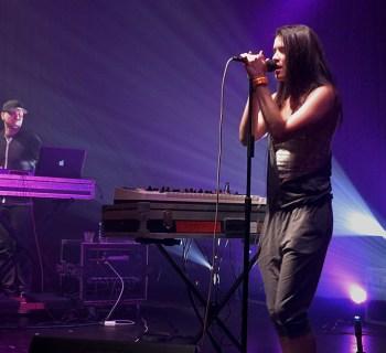 MODERNS live review - photo heather allen
