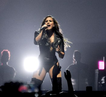 Demi Lovato and Nick Jonas Honda Civic Tour - photo by Siri Svay