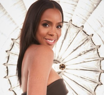 Kelly Rowland publishing first book